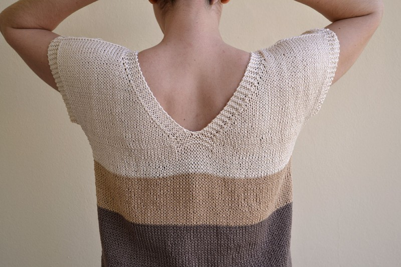 C mo cambiar de ovillo al tejer pearl knitter - Como doblar jerseys para que ocupen poco ...