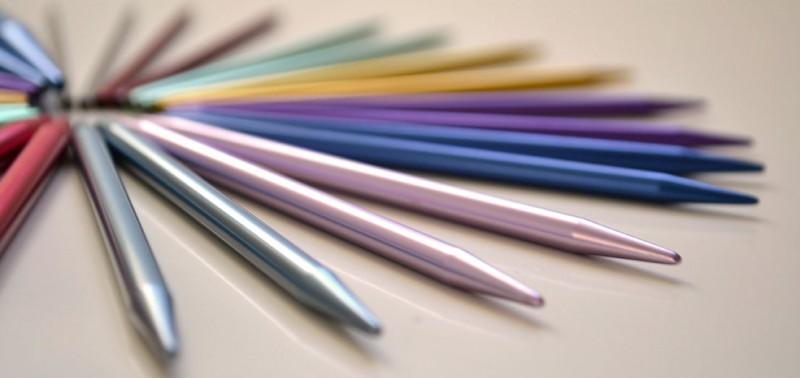 cómo tejer con agujas circulares